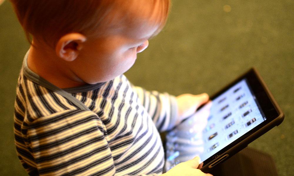 b4f45447e Los padres y el cuidado de sus bebés en el mundo digital